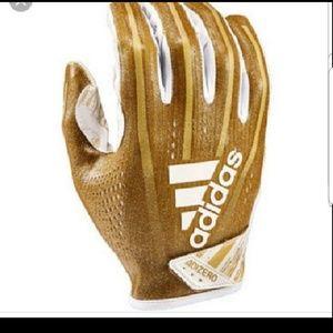 NEW GLOVES Adidas MEN 2 prs. football glove